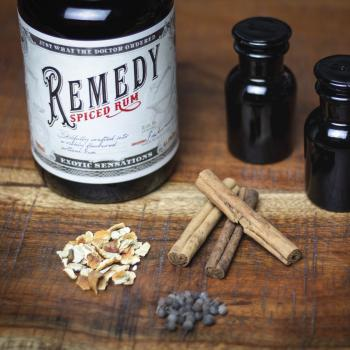 REMEDY Spiced Rum, 0,7l und lässige 41,5% vol. alc., 700ml